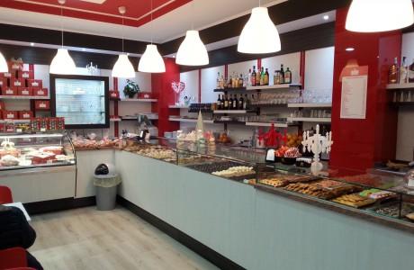 Arredamenti per negozi scaffali per negozi pannelli for Arredamento per fast food