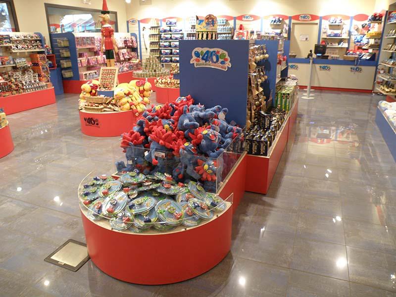 Contenitori per negozi cestiere per negozi modul group for Negozi arredamento bergamo