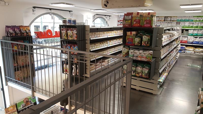 Arredamento negozio per animali arredo discount per animali for Subito it milano arredamento