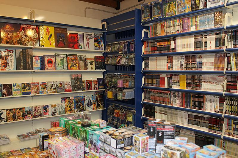 Arredamento per negozi di fumetti for Negozi arredamento como