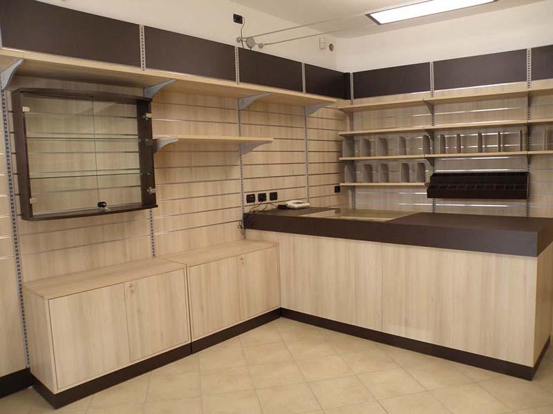Arredamento negozio cartoleria arredo negozi cancelleria for Arredamento per cartoleria