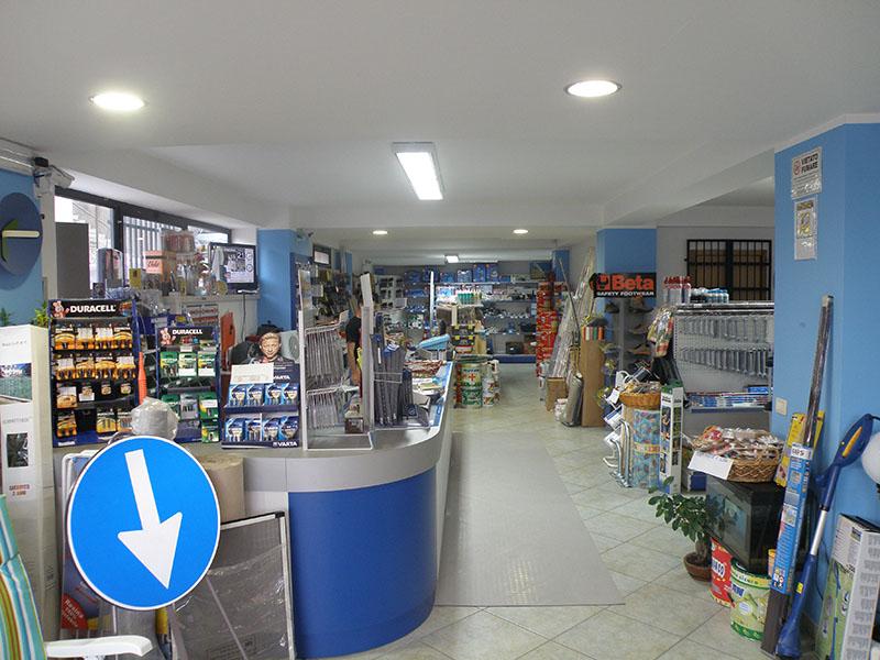 arredamento ferramenta arredo negozio ferramenta negozio