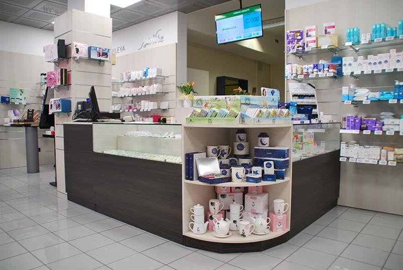 Arredamento E Casalinghi Reggio Calabria.Arredamento Farmacia E Parafarmacia