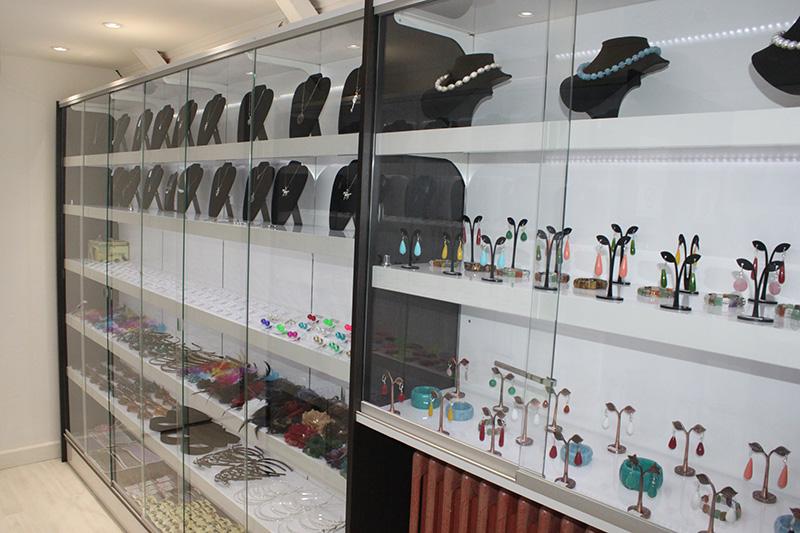 Arredamento negozio gioielli arredo gioielleria milano