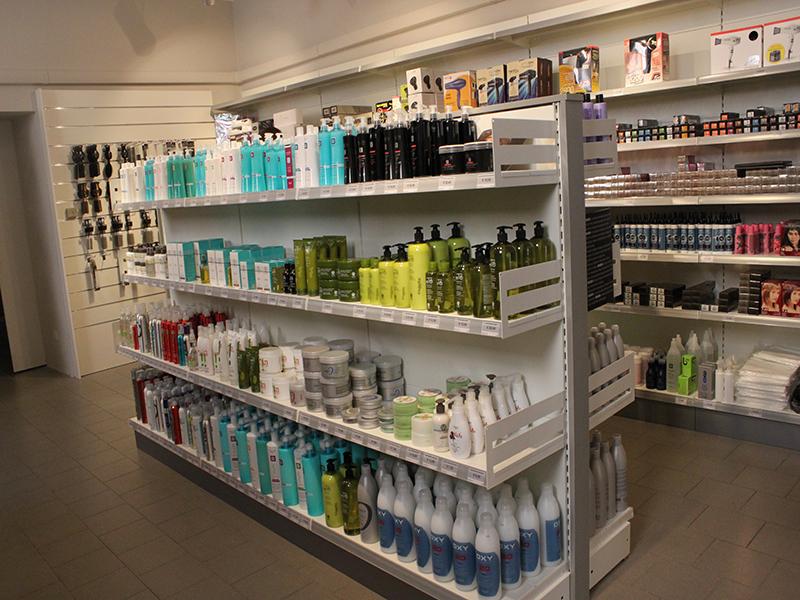 arredamento negozio parrucchiere arredo negozi parrucche