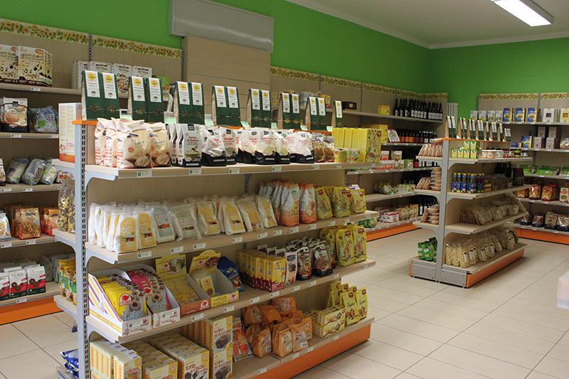 Arredo negozio alimentare arredamento market alimenti como for Scaffali arredo
