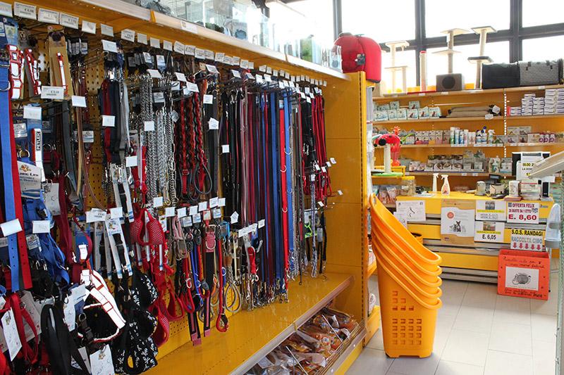 Arredamento negozio per animali busto arsizio arredo negozio for Arredamento per cani