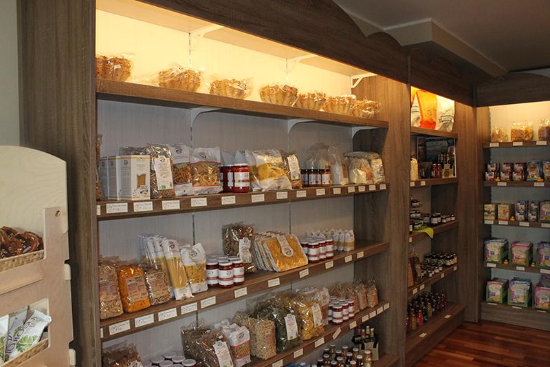 Arredamento negozio alimentari arredo gastronomia senza for Arredamento alimentari usato