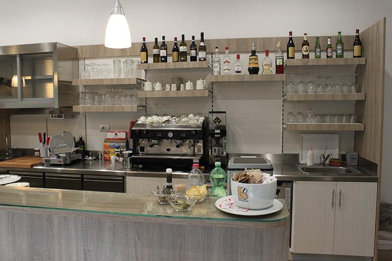 Preventivo arredamento per bar preventivi arredo per bar for Arredamenti rimini e provincia