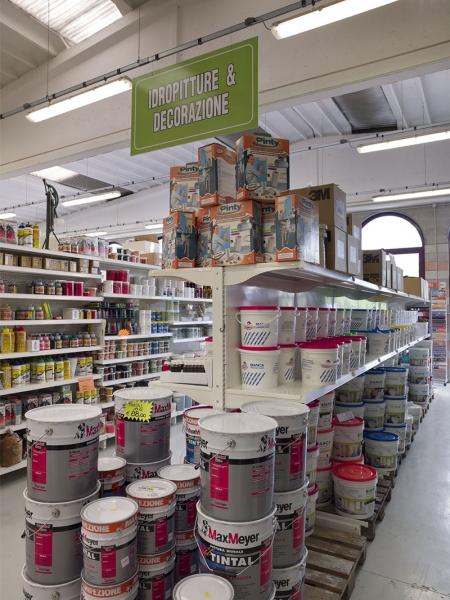 Arredamento colorificio bergamo arredo negozio vernici for Negozi di arredamento bergamo