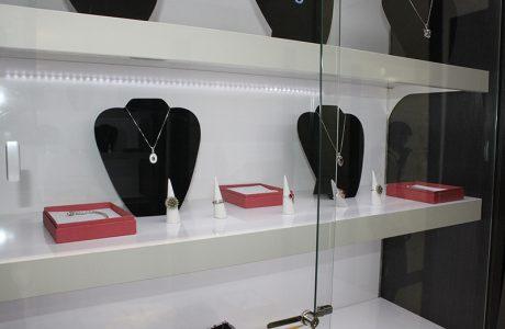 arredamento negozio gioielli